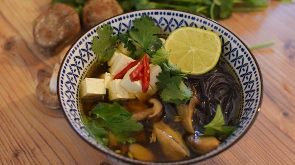 Vietnamesische-Pilz-Pho-Detail-Rezept-Joya
