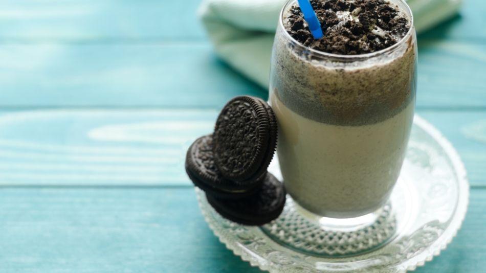 Cookies-Eis-Shake - Cookies-Eis-Shake angerichtet mit 3 Cookies