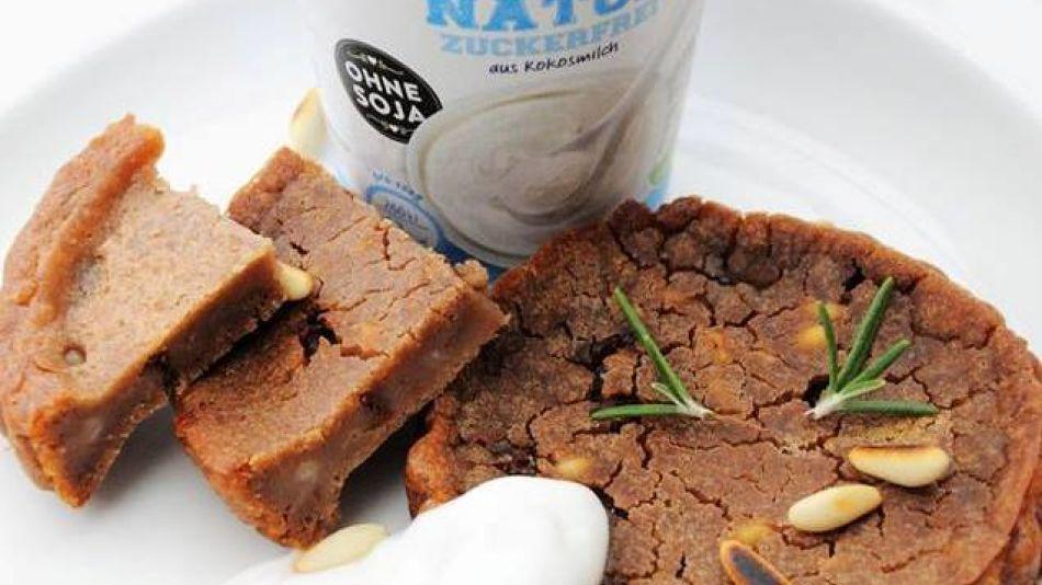 Castagnaccio - Castagnaccio wrought with Joya Nature's yoghurt alternative