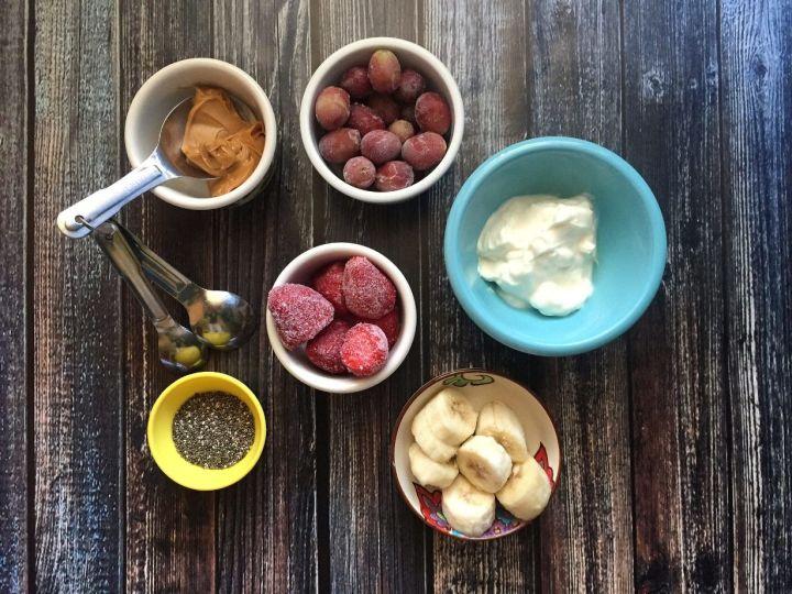 Smoothie Bowl Zutaten - © Meal Makeover Mums